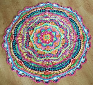*LolaIsHooked* Mandala Madness CAL 2016 part 13