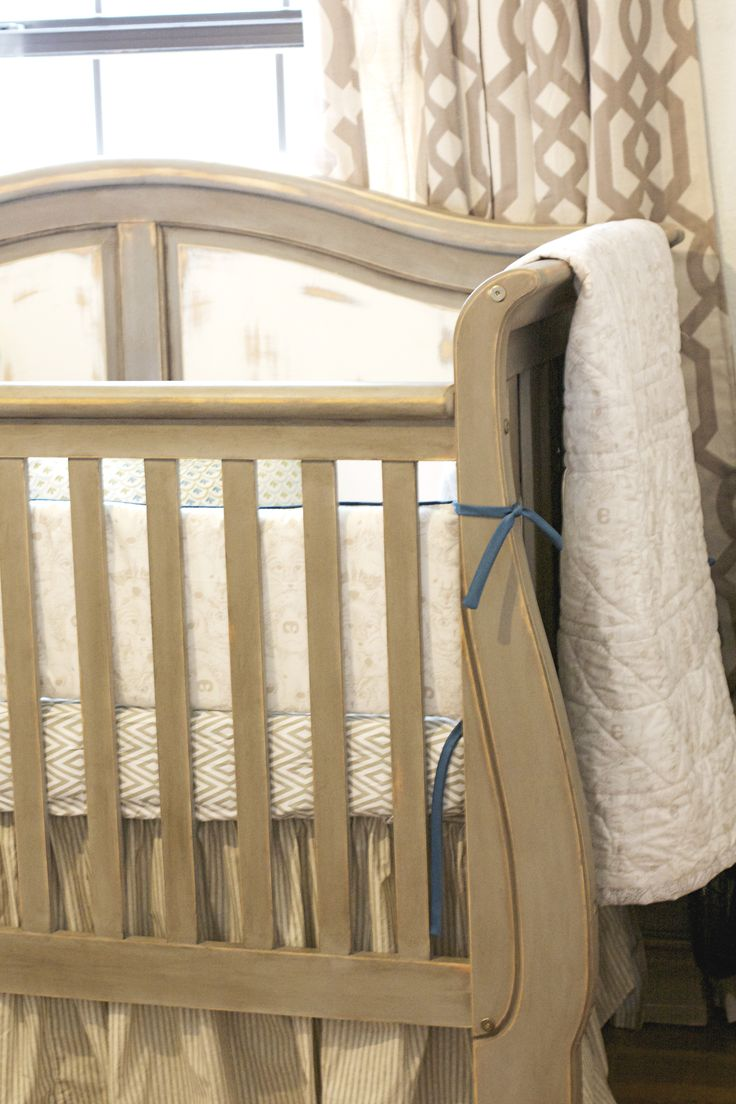 Vintage white crib for sale - Vintage Rustic Country Nursery Crib Is Painted In Annie Sloan Chalk Paint French Linen