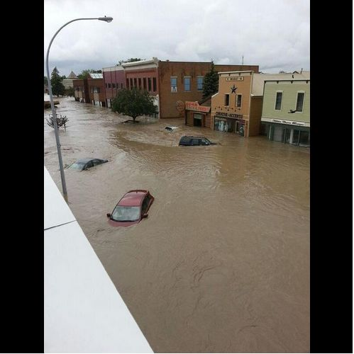 @Meagan Finnegan Wilson 8m Aerial view from the top of her sister's house..... #abflood #highriver pic.twitter.com/MJT7lcRozL
