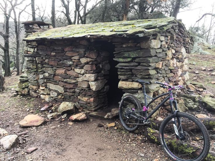 Brève #pyreneesorientales #one4all #mtb #mtbride #albãres #caminadebikes  A place for the night? #pyreneesorientales #one4all #mtb #mtbride #albères #caminadebikes http://ift.tt/2kri5WA  Brève #pyreneesorientales #one4all #mtb #mtbride #albãres #caminadebikes  contact@caminade.eu (Caminade) : February 09 2017 at 08:29PM http://ift.tt/2krsHoL