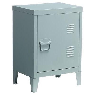 Industrieel koopjes - locker voor € 29,95 bij Kwantum in drie leuke kleuren - industrieel interieur - industrial interior - nachtkastje - metalen kastje