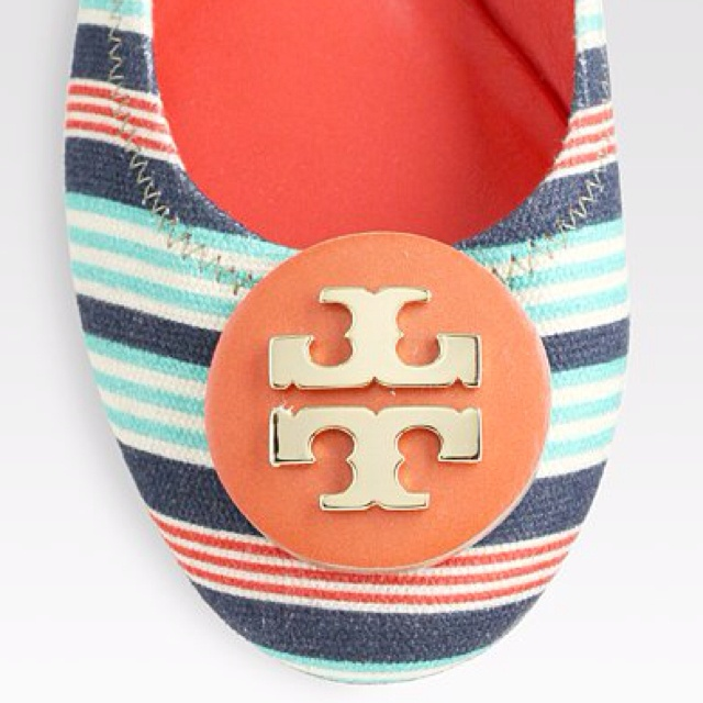 Shop Women's Tory Burch Flats on Lyst. Track over 3854 Tory Burch Flats for  stock and sale updates.