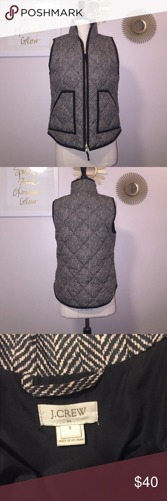 J Crew Vest J Crew Printed Quilted Puffer Vest. No trades. Great condition. Worn once. J. Crew Jackets & Coats Vests