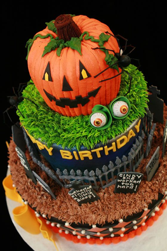 halloween birthday cake via the cake artist - Halloween Birthday Decorations