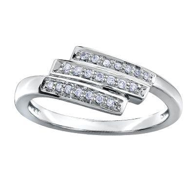 .10tw 10k ladies fashion ring, $399 #ZekesWishList