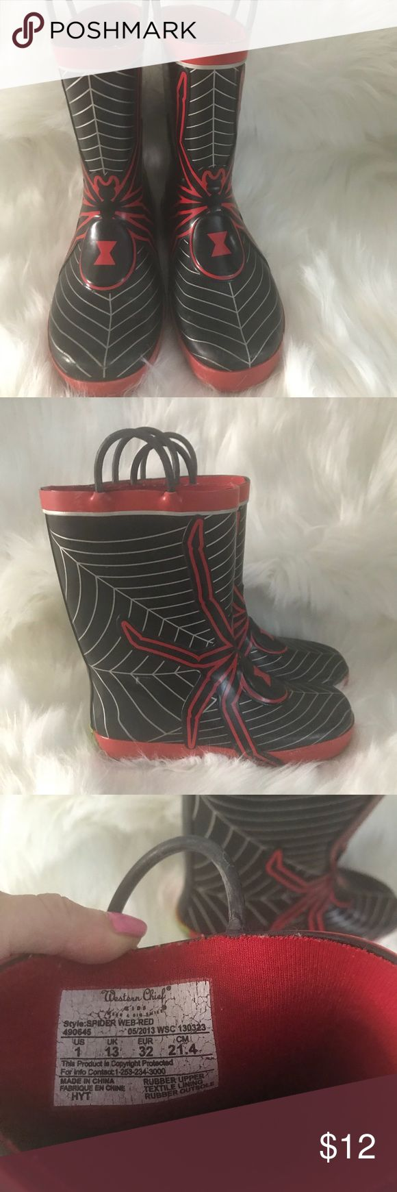 Boys Spider 🕷 Man rain and snow boot size 1 Boys Spider 🕷 Man rain and snow boot size 1 Shoes Rain & Snow Boots