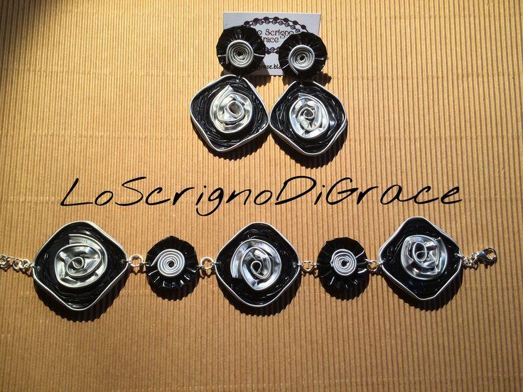 Orecchini e bracciale capsule quadrate nespresso nere argento
