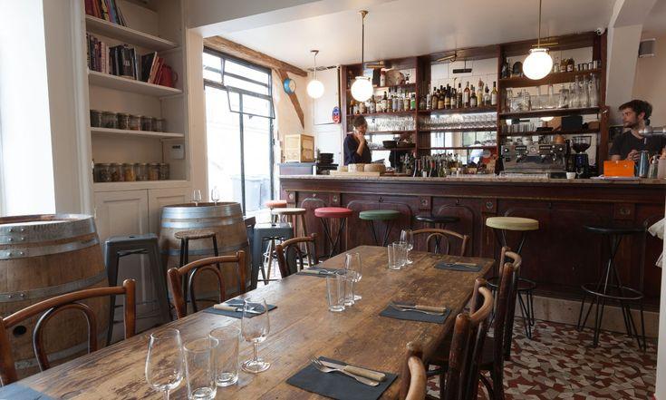 Découvrez l'atmosphère du restaurant Au Passage