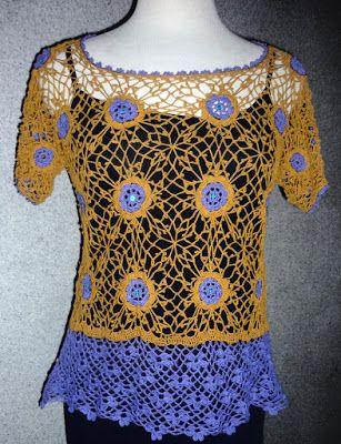 Blusa tejida a crochet en hilos de colores amarillo mostaza y lila, decorada con lentejuelas, Talla M