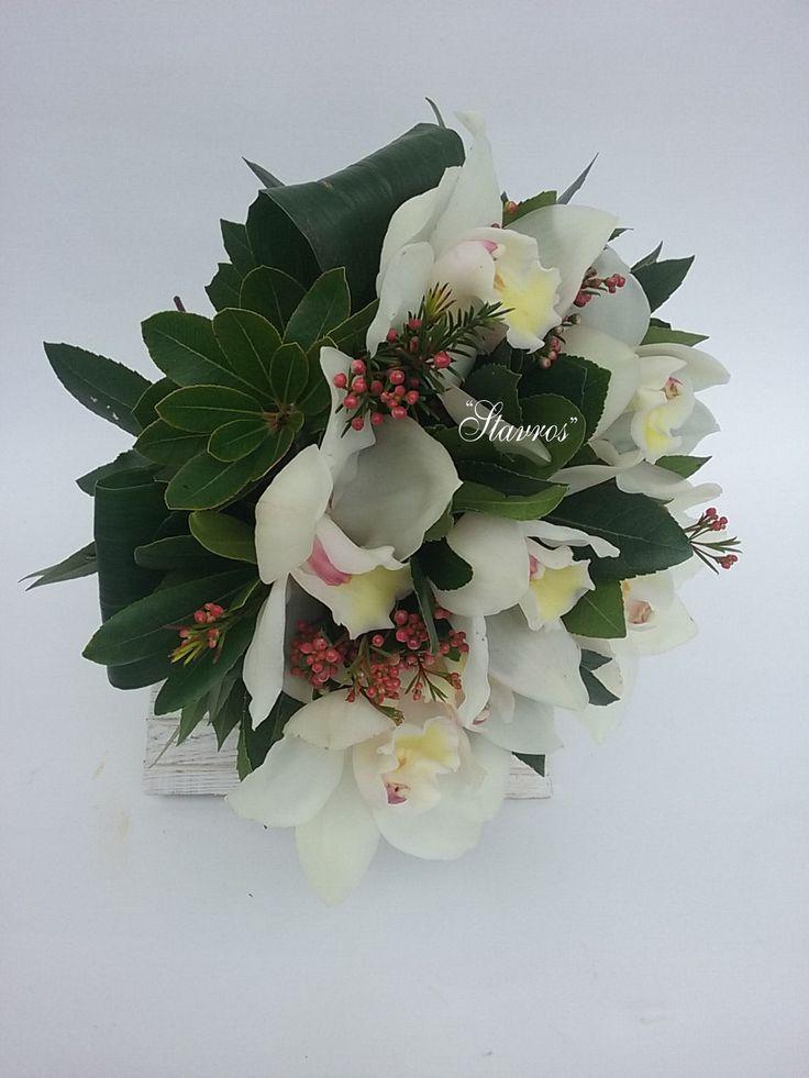 #white#cymbidium#waxflower#bouquet