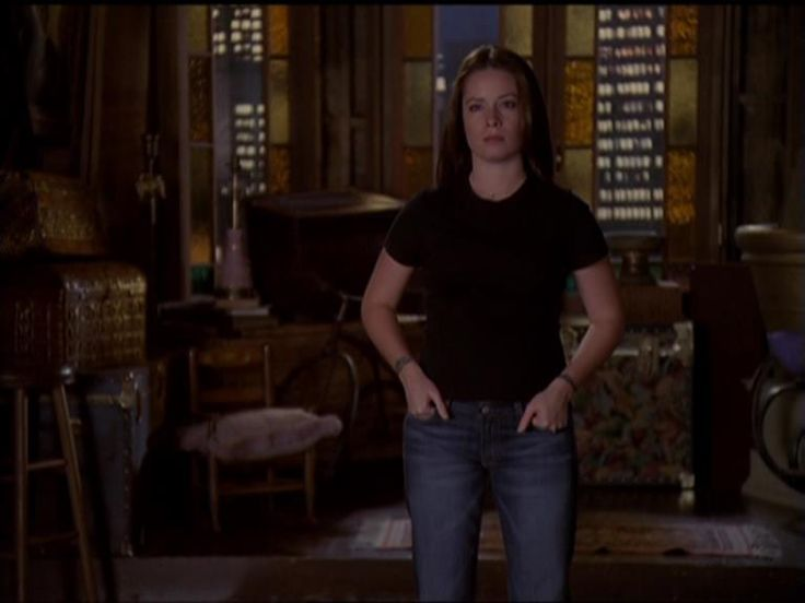 This is definitely my style of clothing - casual....Piper from Charmed