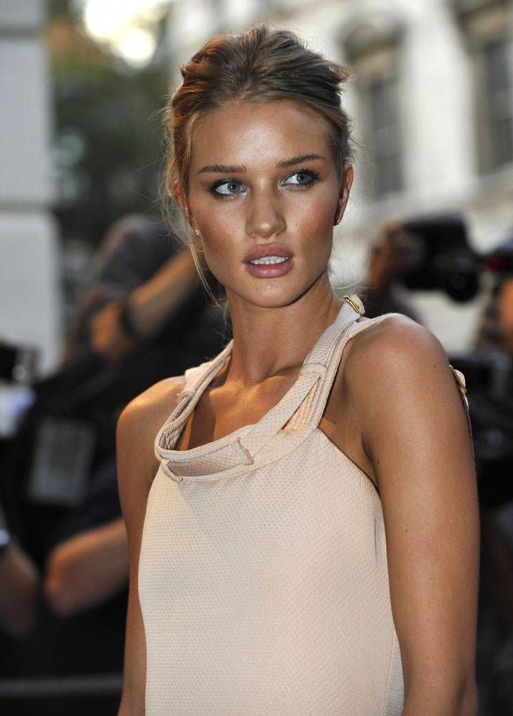 Rosie Huntington-Whiteley. So beautiful, and she has The Stath (Jason Statham).