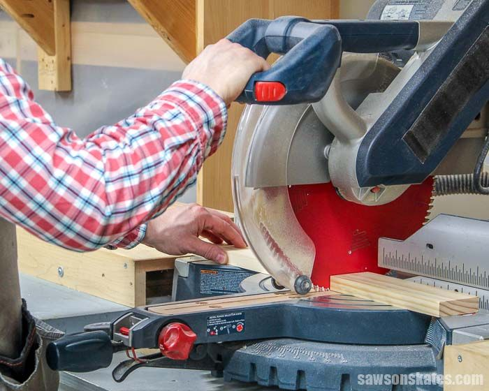When To Use A Miter Saw Vs Table Saw Outdoor Furniture Plans Table Saw Miter Saw
