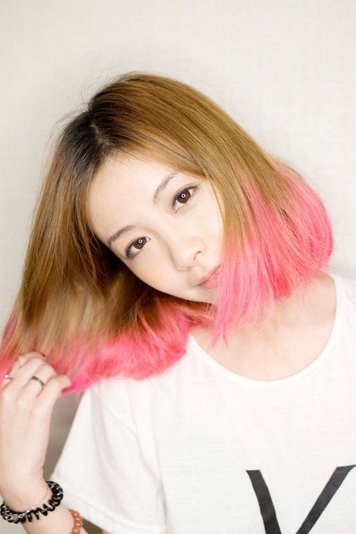 20 Cute & Lively Hairstyles for Medium Length Hair