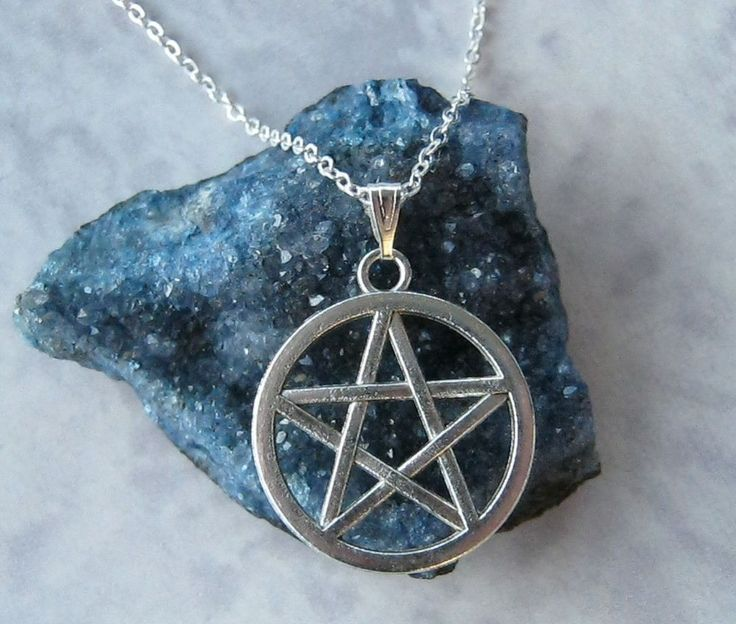 "Pentacle Pentagram Necklace Pendant 18"" Star Chain Pagan Wiccan Gift Tibetan | eBay"