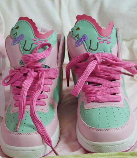 The cutest dinosaur sneakers - fairy kei #kawaii
