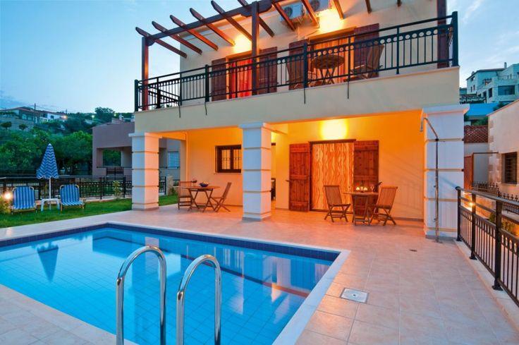 Three bedroom comfortable maisonette villa, Spilia   Cretico