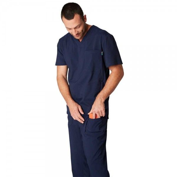 Koi Lite Endurance Trousers in Navy. The Endurance trousers are made from lightweight, moisture-wicking, athletic style material that is designed to keep you cool and dry throughout the day. Endurance consists of super soft but durable fabric that is also easy wash and care. £29.99 #menscrub #dentistscrub #nursescrubs #bluescrub
