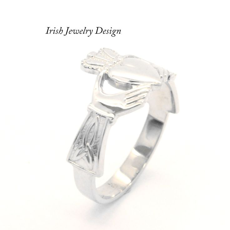Extrêmement The 25+ best Silver claddagh ring ideas on Pinterest | Irish heart  WH07
