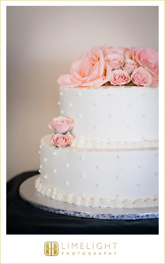 Jackson S Bistro Wedding White Cake With Pink Flowers