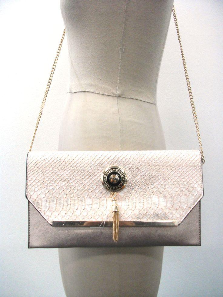 BG65878 Party clutch bag