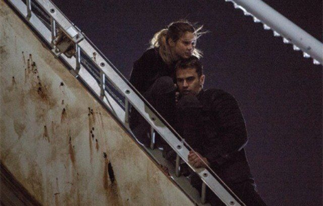 Pics For > Divergent Ferris Wheel Scene