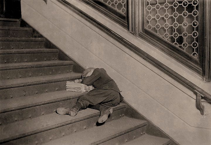 The History Place - Child Labor in America 1908-12: Lewis Hine Photos - Newsies. Newsies: Newsboy asleep on stairs with papers. Jersey City, New Jersey.