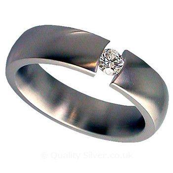 Geti Titanium and Diamond Tension Set Ring