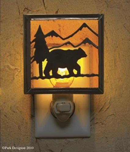 LODGE BEAR rustic night light !