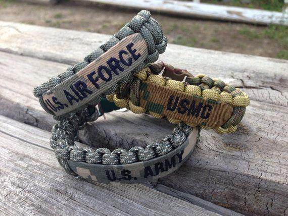 Brazalete de Paracord militar con nombre cinta / por CADETcouture