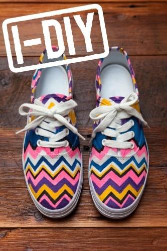 DIY Missoni Shoes: Diy Ideas, Diy Shoes, Crafts Ideas, Painting Shoes, Diy Crafts, Projects Ideas, Missoni, Sneakers, Chevron Shoes