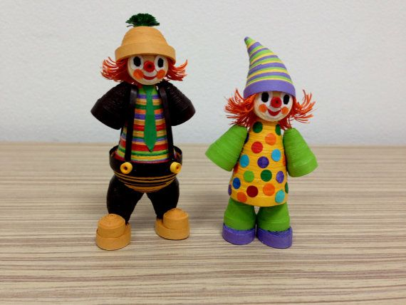 Hey, I found this really awesome Etsy listing at https://www.etsy.com/listing/228043272/quilling-set-of-2-clowns