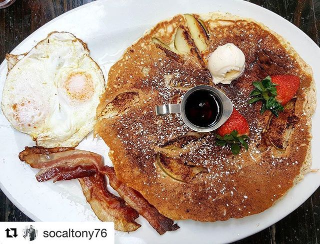 "🔥 ""Another must go to spot while visiting San Diego is Hash House A Go Go. One of the best Bloody Mary and breakfast spots ever."" 📸: @socaltony76 🍽: Tag us in your HH pic for a chance to be our #HashHouseStyle feature! #sandiego #sandiegoconnection #sdlocals #sandiegolocals - posted by Hash House A Go Go San Diego https://www.instagram.com/hashhouseagogosd. See more post on San Diego at http://sdconnection.com"
