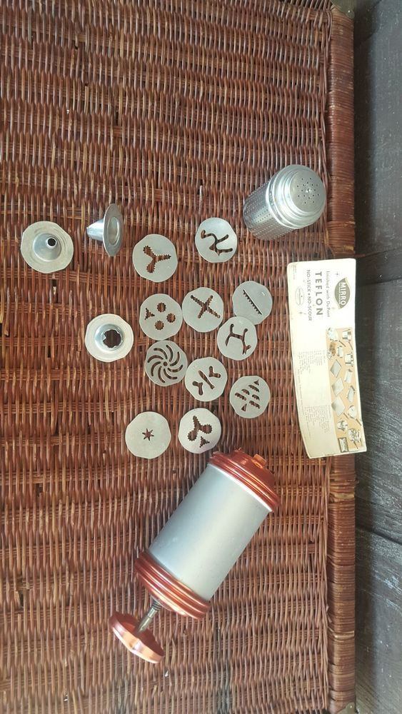Vintage MIRRO COOKY Pastry Press Decorator Kit 358-AM Fancy Cookie and Pastries #MIRRO