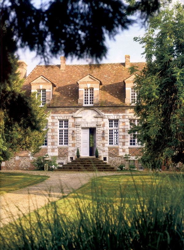 Charles Spada design: 17th c. home in Normandy, France | Alexandre Bailhache for Veranda, Jan/Feb 2012
