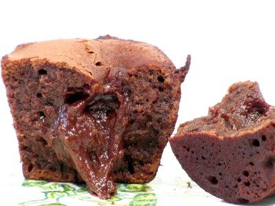 Chokolate fondant - hot muffins with chocolate cream in the middle