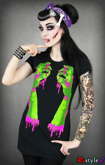 Rockabilly zombie girl