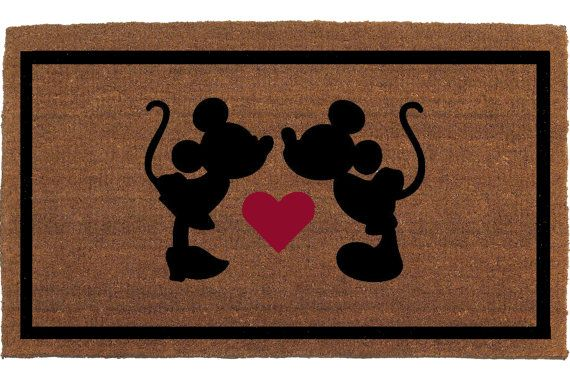 Kissing Mickey Amp Minnie Mouse Disney Door Mat By