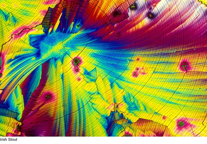 Băuturi alcoolice sub microscop, de BevShots   VICE