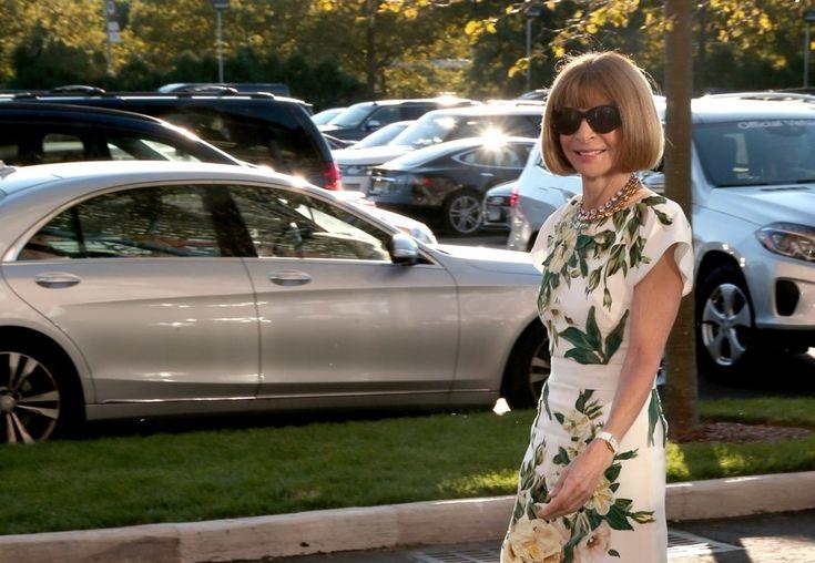 Главный редактор американского Vogue 67-летняя Анна Винтур приветствует в своей семье первого внука. Сын Винтур Чарльз Шаффер и его жена Лиззи стали родителями