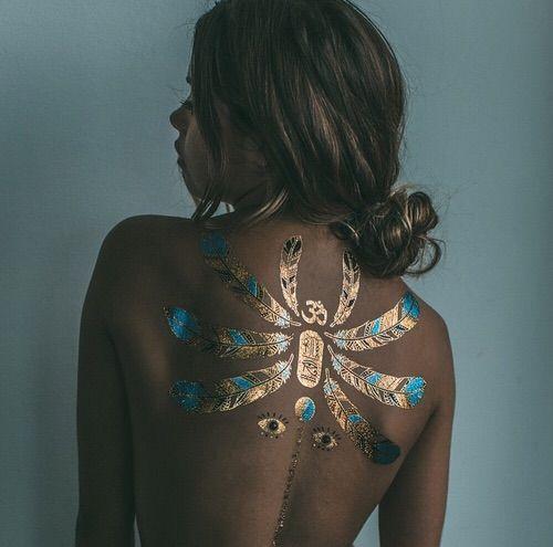 Afbeelding via We Heart It #mimi #model #pretty #tanned #Tattoos #perfect #mimielashiry #flashtattoos