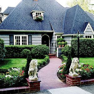 French Formal Garden | Country french style home with formal entry garden