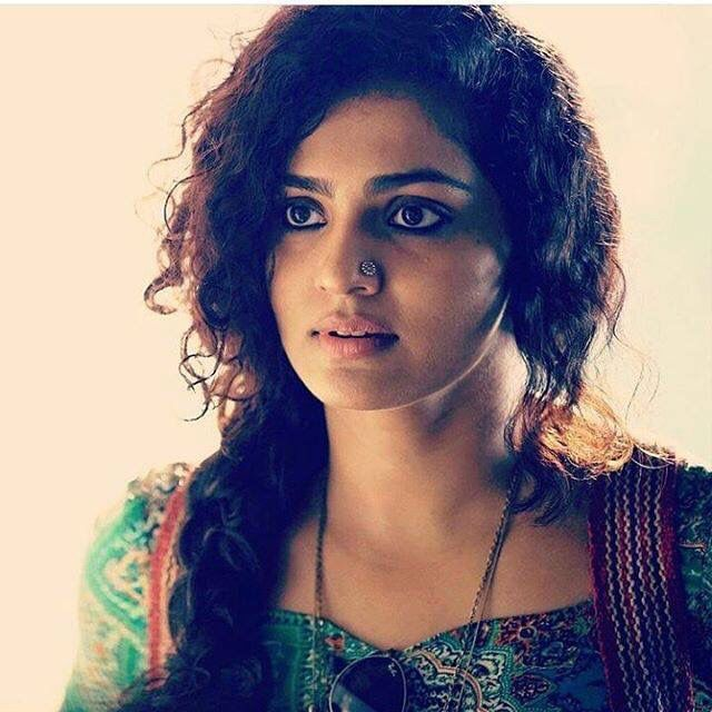 Fashion inspiration. Parvathy in her role as Tessa from the Malayalam movie, Charlie. Special mention for her unique nose-stud here.