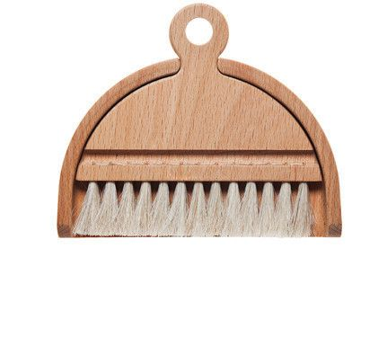 Beechwood Horsehair Table Brush Set - Table brush set with brush and dustpan. Oiled beech with horsehair bristles. Suitable for small scale messes. 4.5