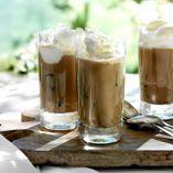 Iskaffe med is - Opskrifter http://www.dansukker.dk/dk/opskrifter/iskaffe-med-is.aspx #kaffe #iskaffe #is #drikkelse #dansukker #opskrift