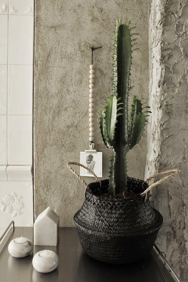 afroart, rice basket, riskorg, stor kaktus, inredning, inspiration, marmor hus, marmor ljusstakar, ljuslyktor, värmeljus, serveringsvagn, serveringsvagnar, kaktusar, kaktusen,