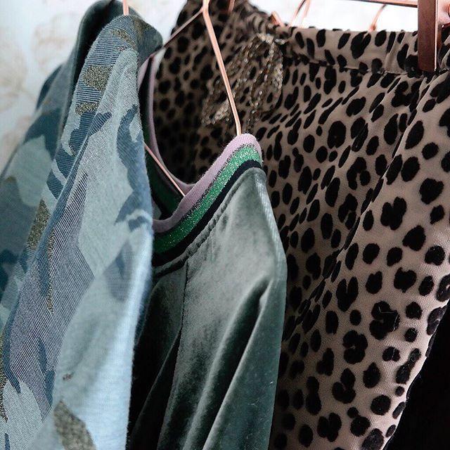#ZOOM sur notre palette Couleur #Fionavani pour cet Automne 🍂☁️ Et vous, qu'elles seront vos Couleurs cette saison ?  Modèles #Mille #Jody et #Mimi à retrouver ici 👉🏻 Fionavani.fr ! ... #frenchbrand #dressing #lookbook #fw17 #fall #collection #premium #womenswear #womenstyle #clothing #frenchgirl #style #fashion #outfit #ootd #fashiondaily #dailylook #colorpalette #velvet #leopard #leoskirt #camo #fashionweek #shopping