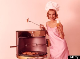 This is how stock photos think women grill