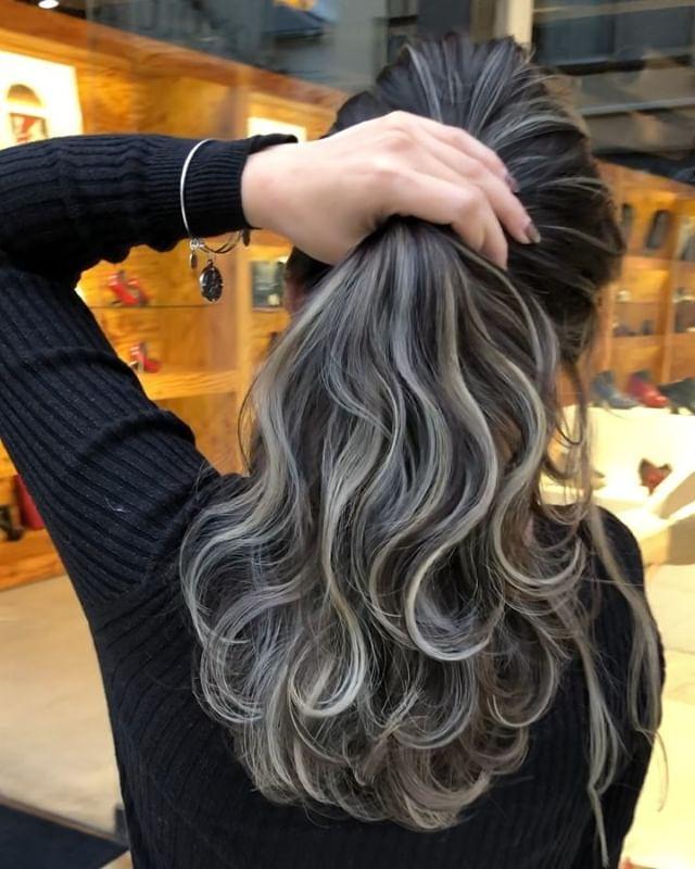 Daiki Hattori しかできないスペシャルハイライト 入れる位置もハイライトの色も絶対ほかの人には出せない特別なカラーです かなりこだわってます 画像みていただければクオリティーが Ombre Hair Hair Styles Blending Gray Hair