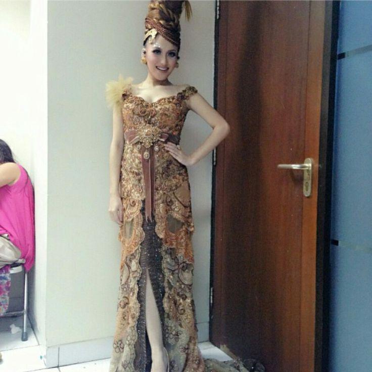 Indonesian batik style wearing by ayu ting ting
